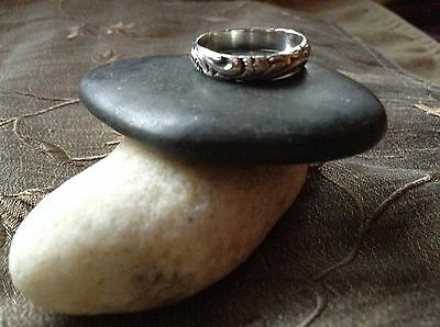 HAUNTED WICCA .Genuine Sterling Silver vintage Band Ring  ~ SIZE 8