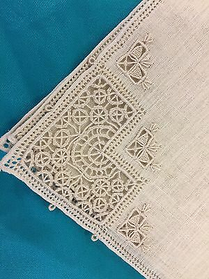 "12 Vintage Hand Embroidered 16"" Beige Linen Dinner Napkins W/lace~Never Used"