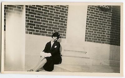 Pretty Young Lady Flapper Hat Smile Gloves Fashion Vintage Snapshot Photo