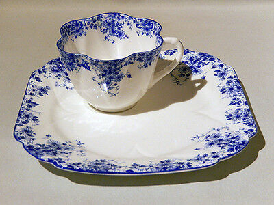 Scarce Vintage SHELLEY DAINTY BLUE HOSTESS SNACK SET CUP & SQUARE PLATE - MINT