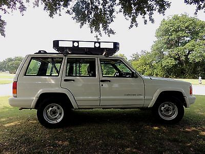 1999 Jeep Cherokee Classic Sport Utility 4-Door JEEP CHEROKEE CLASSIC XJ Great Shape 4.0 AUTO LOW MILES NO RUST AC