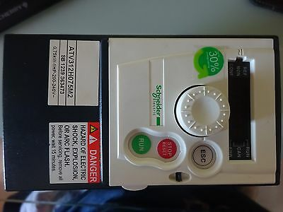 NEW NEU SCHNEIDER ELECTRIC ATV312H075M2 Frequenzumrichter, Antrieb