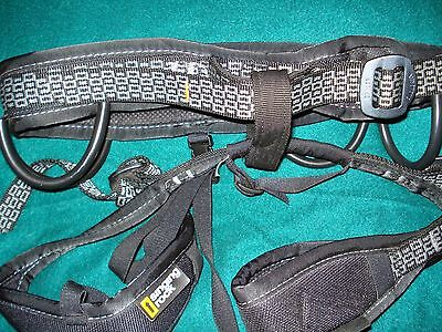 Singing Rock Zenith Rock Climbing Harness - Size Small - Black and Gray