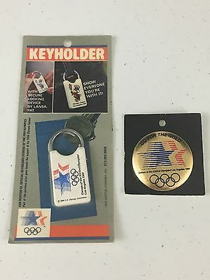 1984 Los Angeles LA Olympics Pin Button Go For The Gold & Locking Keyholder NIP