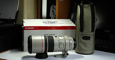 Canon EF 300mm f4.0L  IS  USM  Telephoto