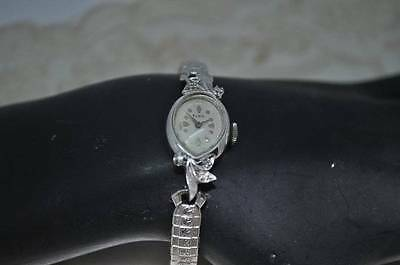 Vintage Elgin Ladies 14k Gold Watch 6 Diamonds 17jewels