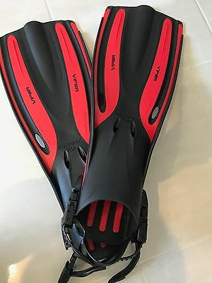99.9 % New Snorkeling/Diving Fins