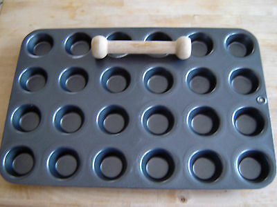 Pampered Chef Mini Muffin Cake Tin + Mini Tart Shaper