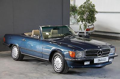 Mercedes-Benz R107 300 SL (1987) Nautic Blue with Cream Sports Check - (LHD)