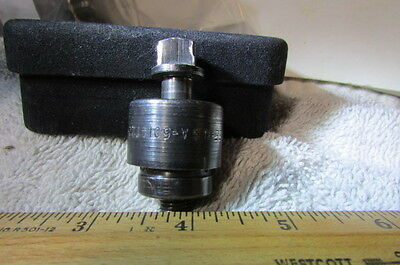 Greenville Round Radio Chassis Pinch 1/2 Conduit 7/8 Diameter