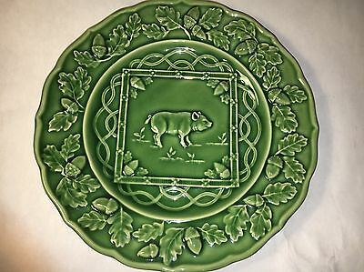 """Sur La Table Green Collectors Pig Plate Made In Portugal 9.25"""" across"""