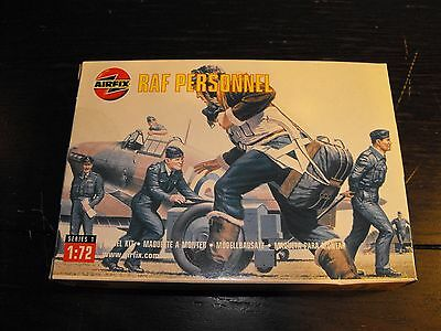 Airfix RAF Personnel WWII Series 1 1:72 scale model kit No. 01747