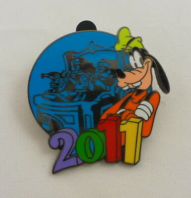 Disney 2011 Mystery Collection Goofy Pin