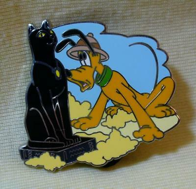 Walt Disney World Pin-Tiquities Pluto Archaeologist Journal LE Pin