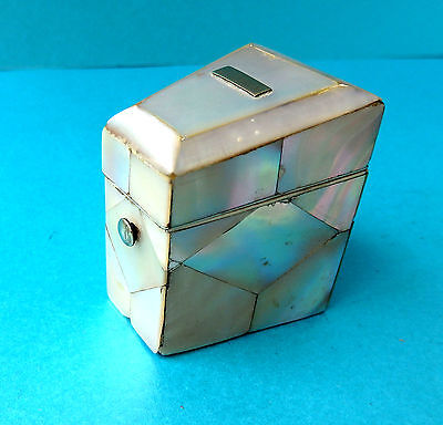 Antique Good Early 19Th Pearl Sewing Fitted Needle Box