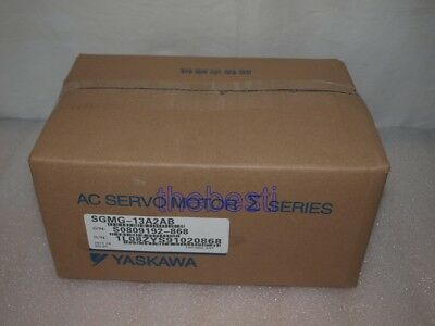 1 PC New Yaskawa SGMG-13A2AB Servo Motor In Box