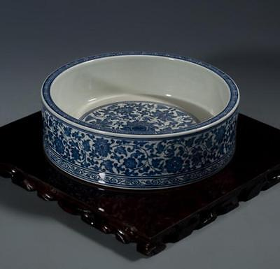 chinese ancient Blue and white  porcelain sculpture flower writing-brush washer