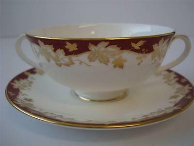 Royal Doulton Winthrop Soup Coupe And Stand