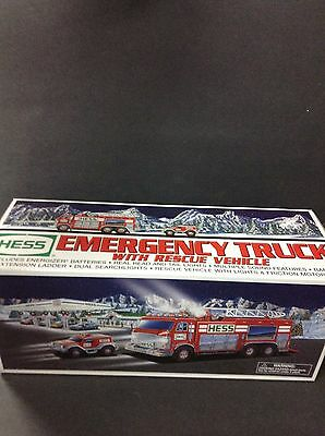 Hess 2005 Emergency Truck with Rescue Vehicle Brand New In Box
