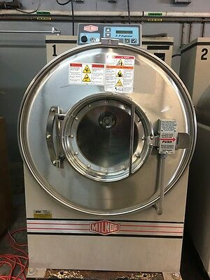 2007 60 lb Milnor Used Washer