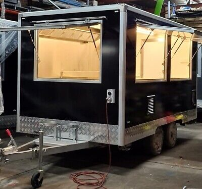 Food Trailer 390x220x210CM(LxWxH) New never been use many accessories