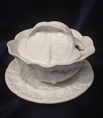 Bordallo Pinheiro Embossed White Cabbage Covered Soup Bowl & Saucer 8 Oz Frog