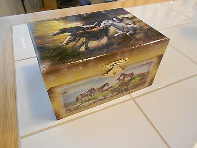 """Twirling Horse Wind Up Music Jewelry Box- Very Good +   5 3/4"""" X 4"""" X 3 1/8"""""""