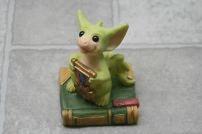 Whimsical World of Pocket Dragons Figurine The Winner 1998 Flambro