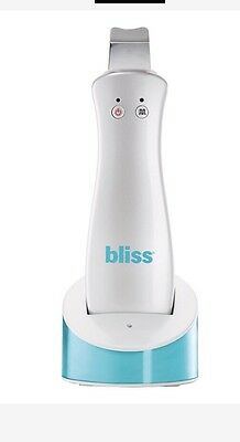 Bliss Pore-fector Gadget and Daily Detoxifying toner. RRP £140