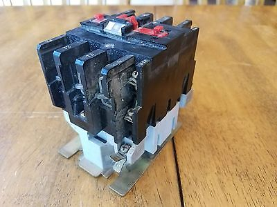Telemecanique LC1-D633H7 Contactor Switch Relay with 120VAC Coil