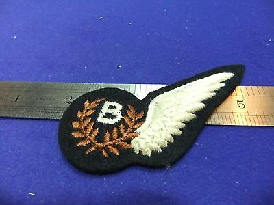 vtg badge raf B bomb aimer padded brevet half wing royal air force ww felt cloth