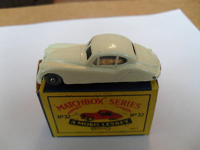 SCARCE MATCHBOX LESNEY RW 1-75 No 32 JAGUAR XK140 GPW VN MINT IN EXCELLENT BOX