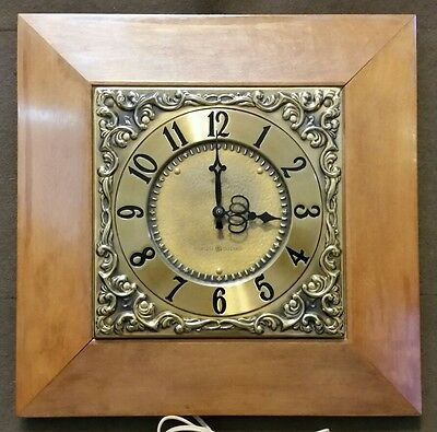 Vintage 1950's General Electric 2SB57 Electric Wall Clock Wood Brass Tested USA
