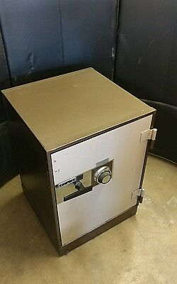 VTG Empire Fire Safe Full Size UL Rated Guns Gold Silver Documents Coins Stamps