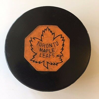 1958-62 NHL Toronto Maple Leafs Converse Rubber Crested Original 6 Game Puck