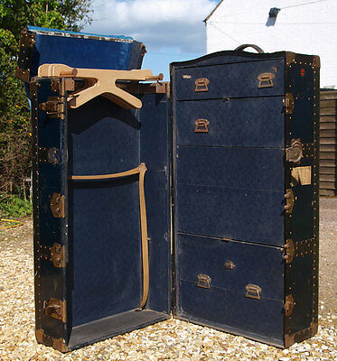 Antique Portmanteau Travelling Wardrobe Steamer Trunk Chest - Collect LE16
