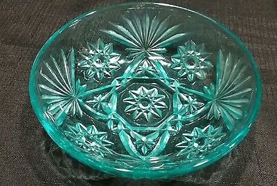 Vintage Early American Prescut Light Blue Bowl Anchor Hocking Star David