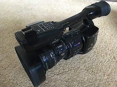 Sony PMW-EX1 XDCAM   SxS Camcorder  SD card adaptor 3 batteries  2 chargers
