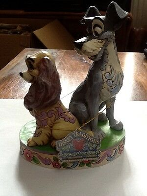 Disney Traditions Figurine - Lady and the Tramp (Opposites Attract) - 4046040