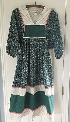 Vintage KRIST GUDNASON  Green w/Floral Hippy Dress- Sz. Petite- XS to S -