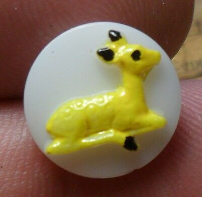 """WOW 1 1/8"""" NICE  Glass Painted Animal  Glass Antique Button 254:19"""