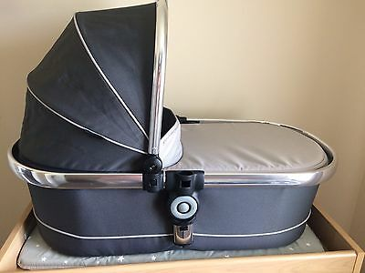 Icandy Peach 3 Truffle Carrycot