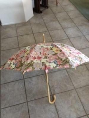 New Vintage Lladro Classic Floral Straight Wood Handle Umbrella With Brass Wow!