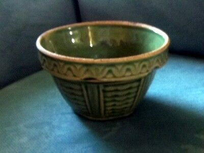 Early Green RARE Wave Pattern Small Stoneware Bowl USA 1031
