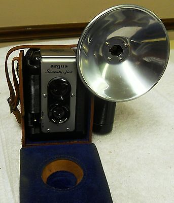 Vintage Argus Seventy-Five 75 TLR Camera W/Leather Case and Flash MINTY!!