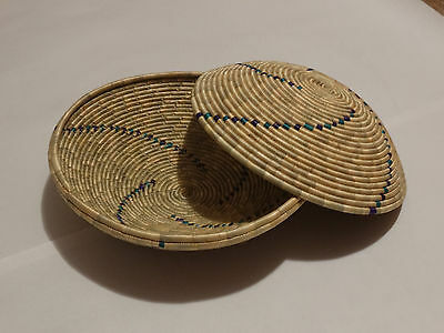 "Hand Made Woven Bowl / Basket 8"" Round ~Tutsi/Hutu Tribes (Last reduced price!!)"