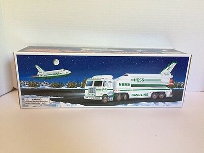 1999 HESS Toy Truck and Space Shuttle with Satellite New In Box Mint!