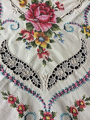 Unused Vintage Embroidered & Lace Insert Beige Cotton Lge. Tablecloth 12 Napkins
