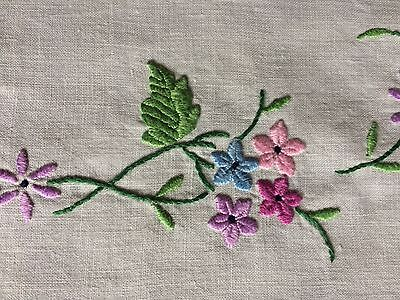 Very Pretty Vintage Floral Hand Embroidered Small Square Cream Cotton Tablecloth