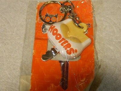 Hooters Restaurant Key Cover  Keychain Key Chain